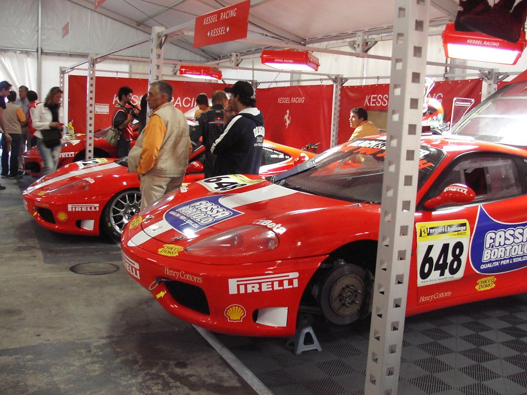 ferrari challenge monza maranello s corse clienti by jo l. Black Bedroom Furniture Sets. Home Design Ideas